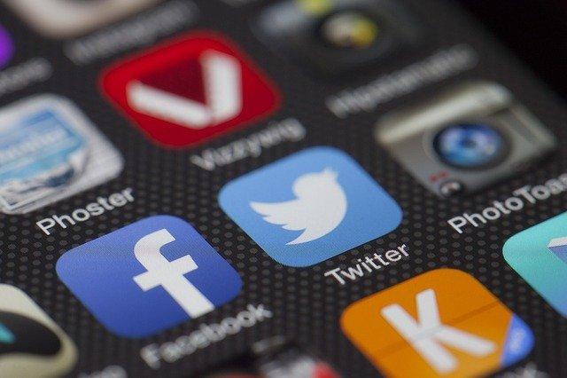 【2015年保存版】マーケティング・WEB担当者必見!実用的なソーシャルメディア運用ツール7選