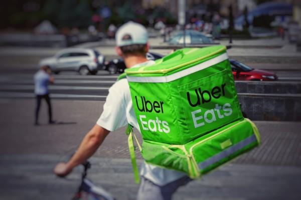 Uber Eats、レストラン向け広告販売を準備中