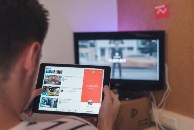 YouTube動画広告は効果あり?視聴経験者の25.2%が「その商品を検索した」経験あり