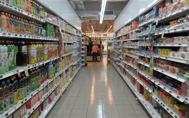【調査結果】「折込チラシの店に行く」人は 25.2%、「WEB 上の広告で見たお店に行く」人は 15.0%