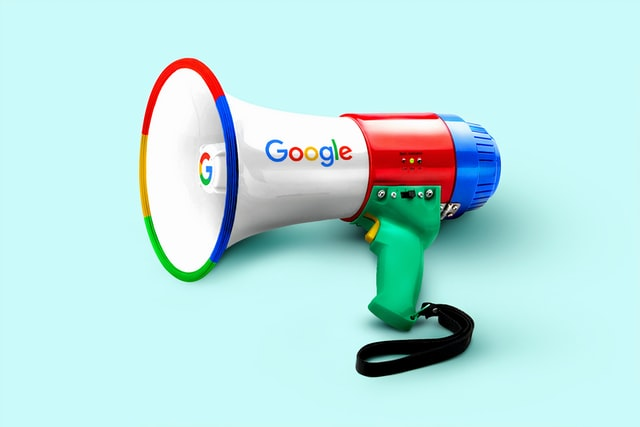 Googleの広告売上、26年の歴史で初の減少