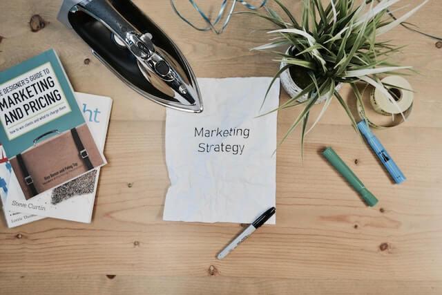 調査:B2Bマーケティング担当者の43%がコンテンツ戦略を言語化している