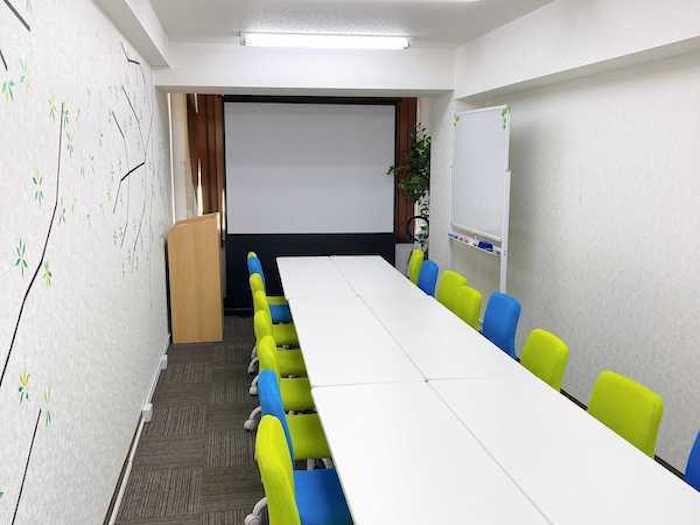 デジプロ 広島校舎の教室の風景